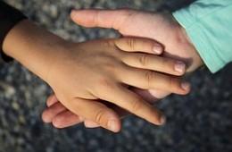 Soporte psicológico a familias de niños con enfermedades graves