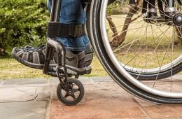 Cadira de rodes per la Judit